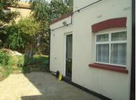 Ground Flat to rent in Britannia Road, Westcliff