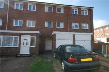 3 bedroom Terraced property in Sevenoaks Close...
