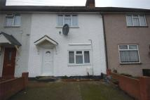 3 bed semi detached house in Comyns Road, DAGENHAM...