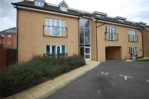 2 bedroom Flat in Ingrebourne Avenue...
