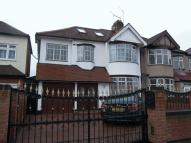4 bed semi detached home in STRADBROKE GROVE...