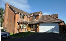 4 bedroom Detached property in Ffordd Cae Canol...