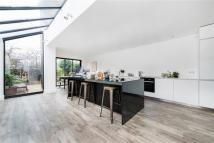 3 bed Terraced house for sale in Idmiston Road, London
