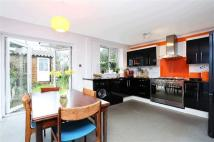 3 bed Terraced property in Canbury Mews...