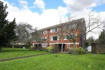 3 bed Flat for sale in Thurlow Park Road...