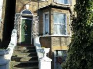 2 bedroom property to rent in Underhill Road...