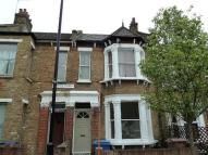 2 bedroom Flat in Ivanhoe Road, Camberwell