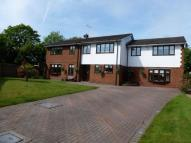 5 bed Detached house in Woodlands Park...