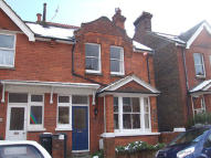 2 bed Terraced house in Greys Road, Old Town...