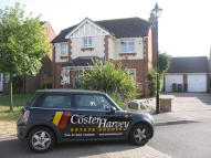 4 bed Detached property to rent in Tasmania Way, Eastbourne...