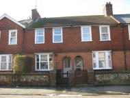 Green Street Terraced property to rent