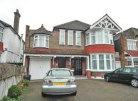 Flat for sale in Gunnersbury Avenue...