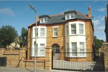 8 bed property in Freeland Road, Ealing...