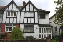 3 bed house in Princes Avenue...