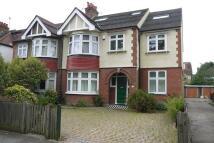 6 bed home in Grange Road...