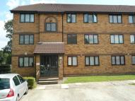 2 bedroom Flat in Ainsley Close Enfield