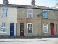2 bedroom Terraced property in Henry Street...