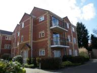 Apartment to rent in OAKLANDS, Eastfield...