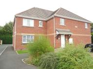 Flat to rent in Beeches Court...