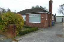 Bungalow to rent in Woodfield Road...
