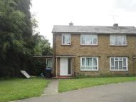 4 bed semi detached house to rent in Bishops Rise, Hatfield