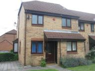 Town House to rent in Bull Stag Green, Hatfield