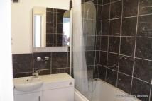 2 bed Flat in 20A Old Rectory Gardens...