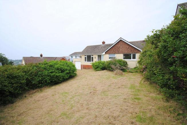 2 Bedroom Bungalow For Sale In Fern Park Ilfracombe Devon EX34