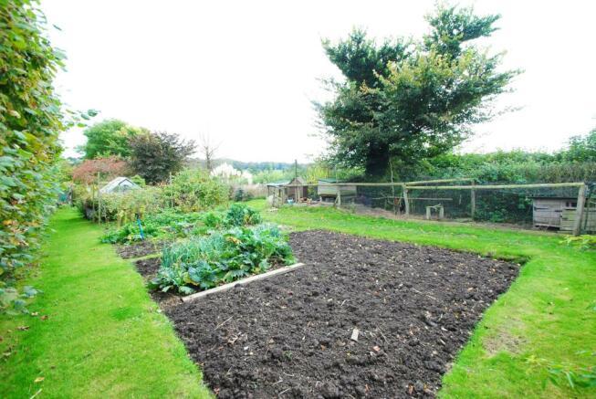 Extra Garden To Rent