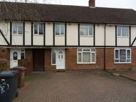 4 bed Terraced house in Eaton Valley Road, Luton...