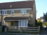 2 bed Cluster House to rent in Dorrington Close, Luton...