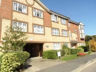 Apartment in Marquis Court, Luton...