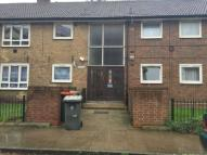 Flat to rent in Whitear Walk, Stratford