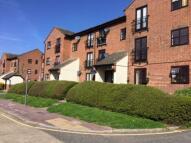 2 bedroom Flat to rent in Shafter Road, Dagenham