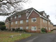 Ground Flat to rent in Camberley, Surrey