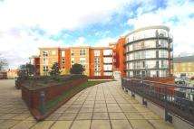 2 bedroom Apartment in MONARCH WAY, Ilford, IG2