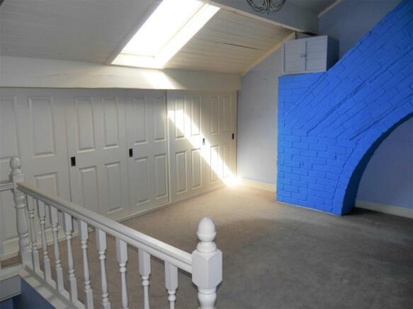 attiv bedroom