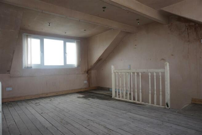 DORMER BEDROOM 3: