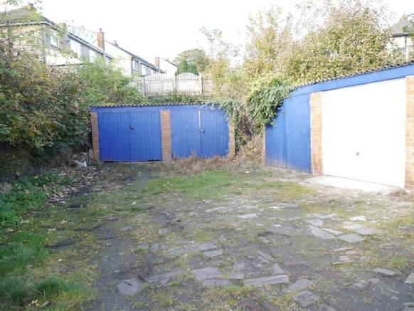 Garages Stone Hall Road