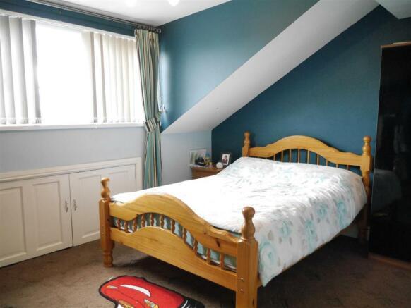 FRONT DORMER BEDROOM