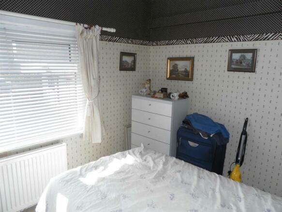 568 Sticker Lane-Bed