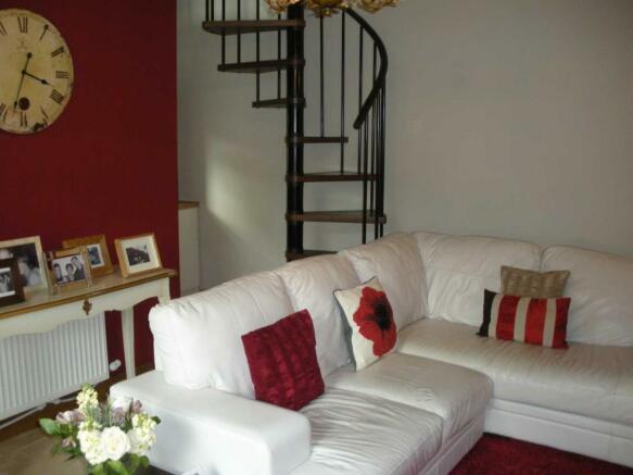 1 Seed Row-Lounge1.jpg