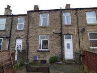 2 bed Terraced home in South Parade, Cleckheaton