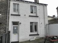 1 bed Terraced house in High Street, Cleckheaton...