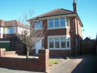 Detached house in Kingscote Drive...