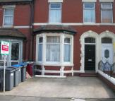 1 bed Ground Flat in Hesketh Avenue...