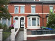 Studio flat in Newton Drive, Blackpool...