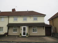 4 bed semi detached house for sale in Gores Marsh Road, Ashton...