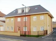 Ground Flat for sale in Wingfield Road...
