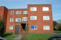Flat in Greenside Court, Eccles...